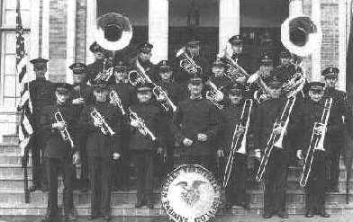 be_band.jpg (17856 bytes)